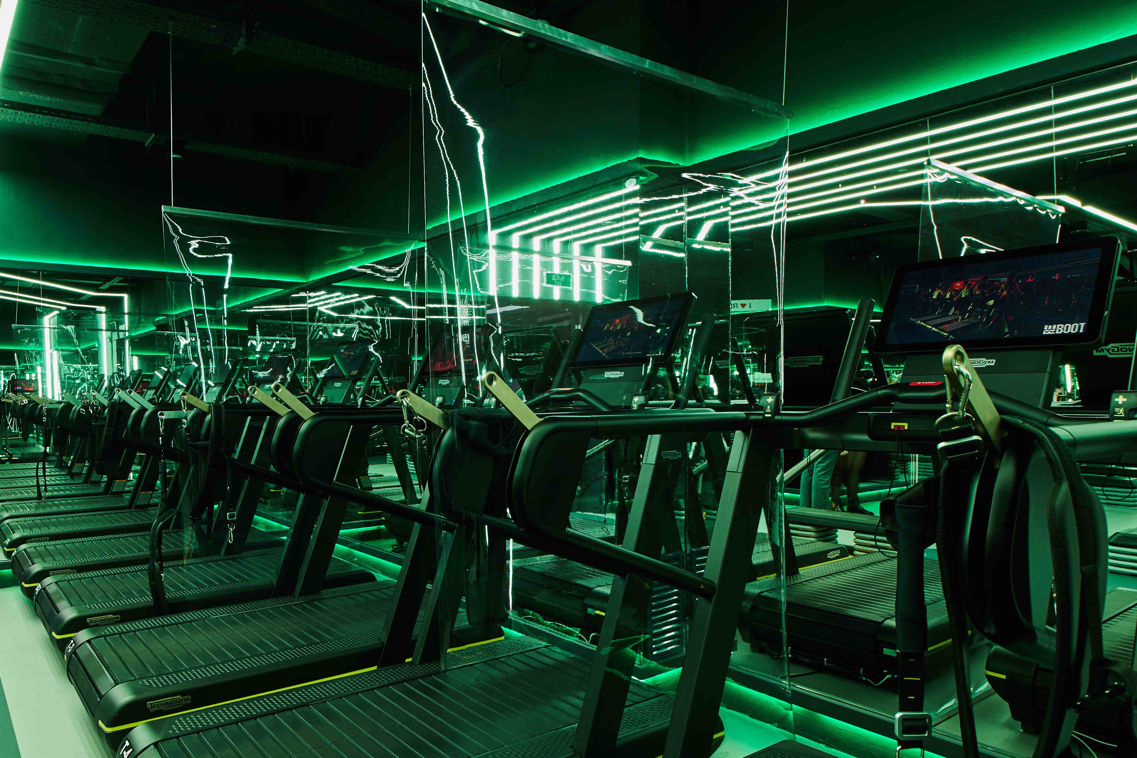 Safety measures. For the safety of our guests, the gyms are equipped with protective screens, ultraviolet air recirculators and disinfectants. Maximum class capacity has been reduced. Learn more here